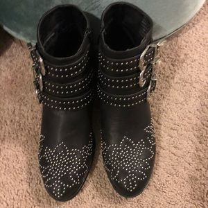BLACK STUDDED BOOTS 😍